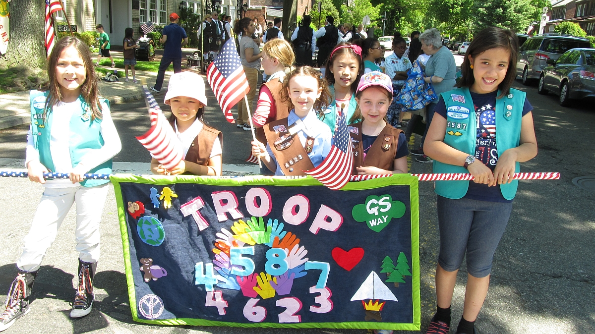 Woodhaven Represented in Forest Hills Memorial Day Parade